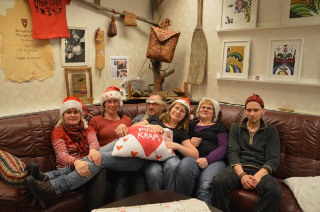 """...önskar vi på """"joppet"""": Anita, Ingegerd, Håkan, Maria, Viktor å så målvakten jag!"""
