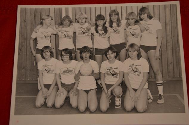 Vi som vann distriktsfinalen, 1978 el 1979. Jag är nere till höger. Oj så glada vi var!
