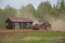 Liljebäcks bryter upp en gammal vall i Vilkos. Gammalt möter nytt.