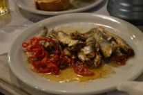 goda fiskar på middag på Poros
