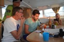 Kolla av restauranger på Trip Advisor av matnördarna, mannen och sonen