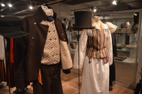 Folkdräktsutställning på Norra Österbottens museum